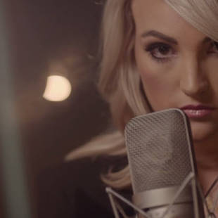 """Jamie Lynn Spears Pays Tribute to Britney With a Performance of """"Oops! … I Did It Again"""""""