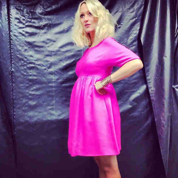 Zanna Roberts Rassi Is Pregnant With Twins, Shows Off Baby Bump (PHOTO)
