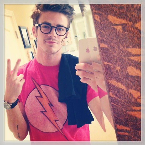7 Reasons Arrow's Grant Gustin Is The Perfect Superhero — Bring on The Flash!