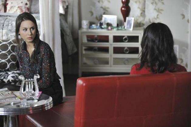Pretty Little Liars Speculation: Melissa Knows Spencer's Secret