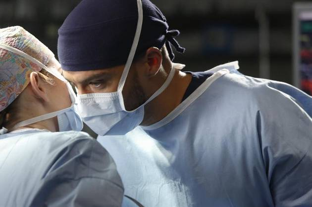 "Grey's Anatomy Recap: Season 10, Episode 11, ""Man on the Moon"""