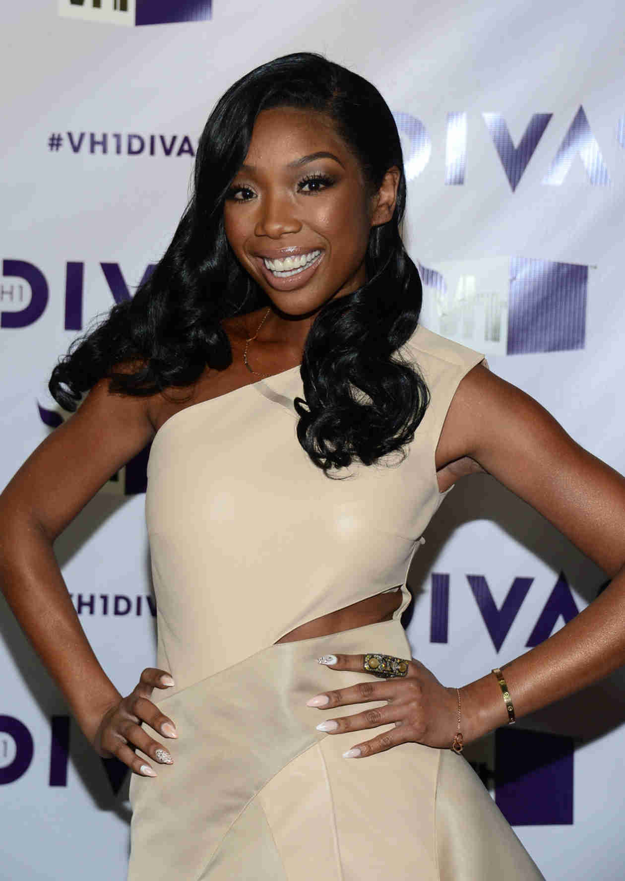 Singer Brandy Discovers She's Related to a Famous TV Star!