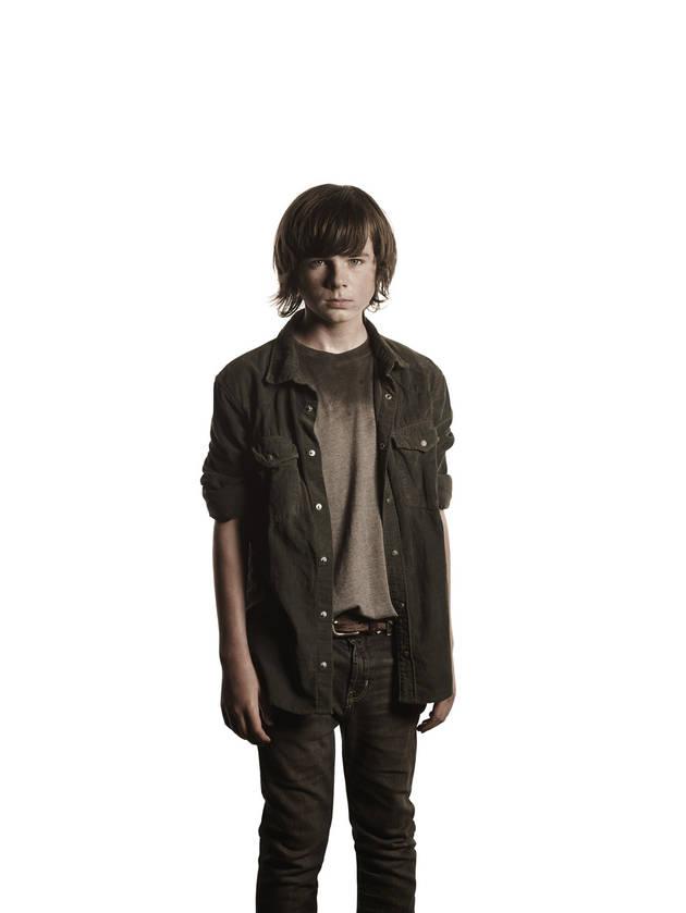 The Walking Dead Season 4, Episode 9 Sneak Peek: Carl Taunts Two Walkers (VIDEO)