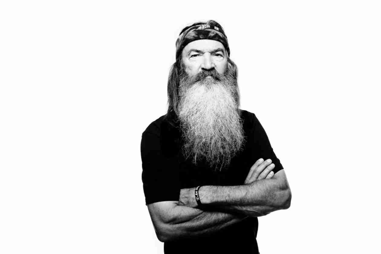 """Duck Dynasty's Phil Robertson Advises Men to Marry """"Girls When They Are About 15 or 16″ (VIDEO)"""