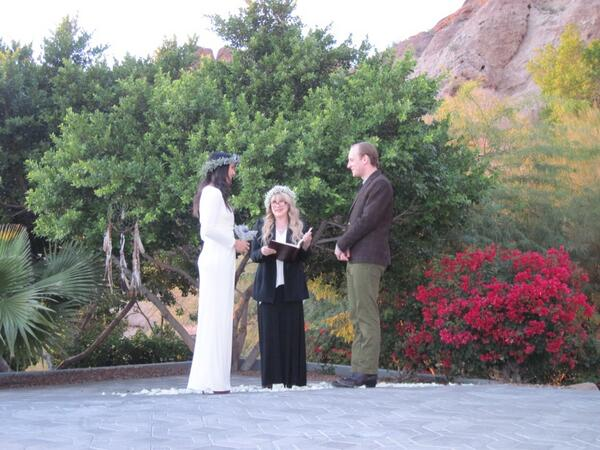 Vanessa Carlton Gets Married — and Stevie Nicks Officiates! (PHOTOS)
