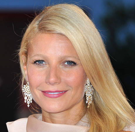 Gwyneth Paltrow Bored With Acting — and Jealous of Jessica Simpson!