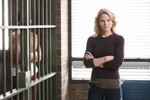 "Once Upon a Time Season 2 Script Spoiler: Emma & Rumple Find ""Common Ground"""