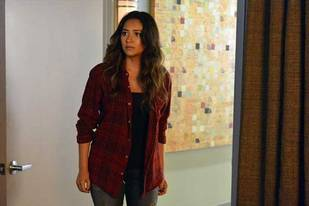 Pretty Little Liars Burning Question: Was Emily Involved in Ali's Death?