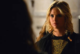 "Pretty Little Liars Season 3, Episode 18 Review: What Did You Think of ""Dead to Me""?"