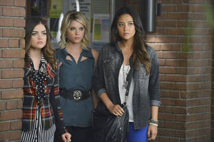 "Pretty Little Liars Season 3, Episode 19 Quotes: ""She's Living on Planet Free Fall"""