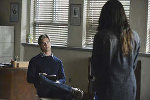 Pretty Little Liars Burning Question: Do We Want Ali to Be Alive?