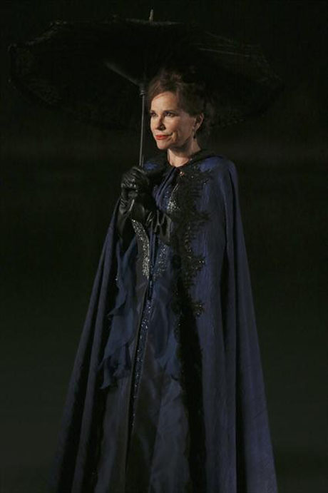 Once Upon a Time Season 2: What's Up With Cora and Rumplestiltskin? Writer Jane Espenson Weighs In