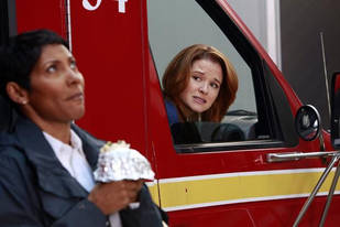 Does April Kepner Belong With Jackson Avery or Paramedic Matthew? Sarah Drew Weighs In