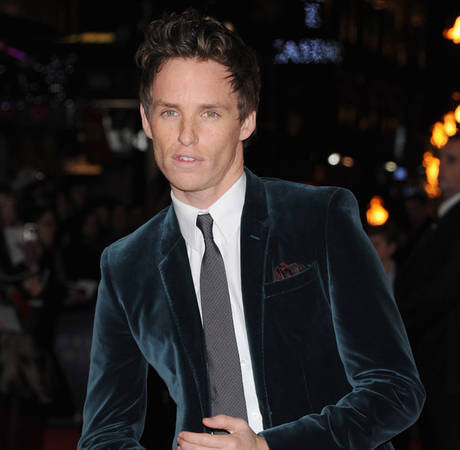 What's On Eddie Redmayne's iPhone? The Les Misérables Star Shares His Favorite Apps (VIDEO)