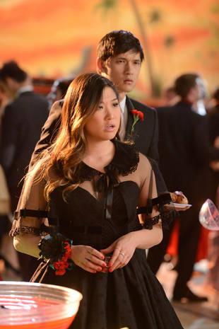 "Logic Fails in Glee Season 4, Episode 14: ""I Do"""