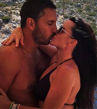 Mauricio Umansky Tweets and Deletes Topless Kyle Richards Bikini Photo!
