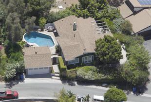 Revenge Star Emily VanCamp's Huge Hollywood Home — See It Here! (PHOTO)