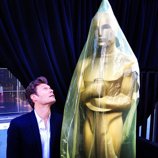 Did Ryan Seacrest Diss Catherine Zeta-Jones at the 2013 Oscars?