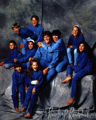 Flashback: Kardashians in Denim! Is This The Most Awkward Family Photo Ever?