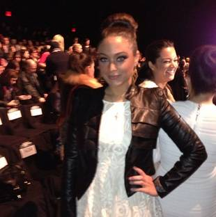 Sammi Sweetheart Changes Her Hair and Rocks Edgy Outfit at New York Fashion Week! (PHOTO)