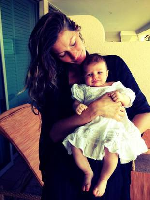 Meet Gisele Bundchen's 2-Month-Old Daughter, Vivian Lake Brady! (PHOTO)