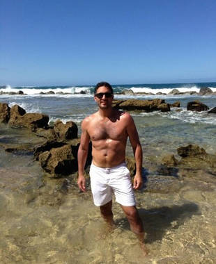 Mauricio Umansky Goes Shirtless in Puerto Rico! Real Housewives Hot Pic of the Day