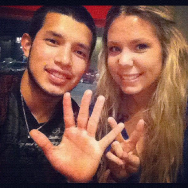 Teen Mom 2's Javi Marroquin Defends Wife Kailyn Lowry on Facebook!