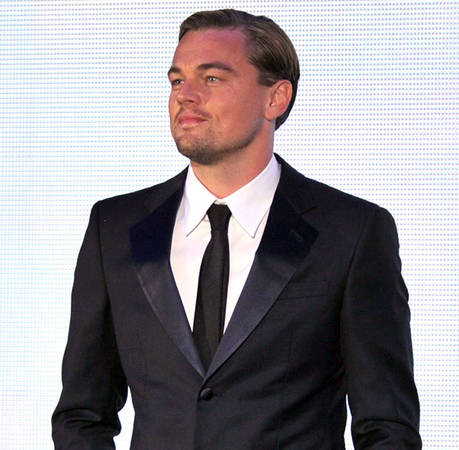 Leonardo DiCaprio Spotted Shirtless on Hotel Room Balcony With Rumored New Girlfriend! Her Name Is…