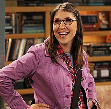 Mayim Bialik Has Finally Stopped Breastfeeding Her 4-Year-Old Son