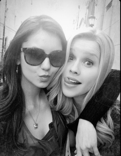 Vampire Diaries Behind-the-Scenes Photo: Nina Dobrev and Claire Holt Make Funny Faces, Scarf Fries