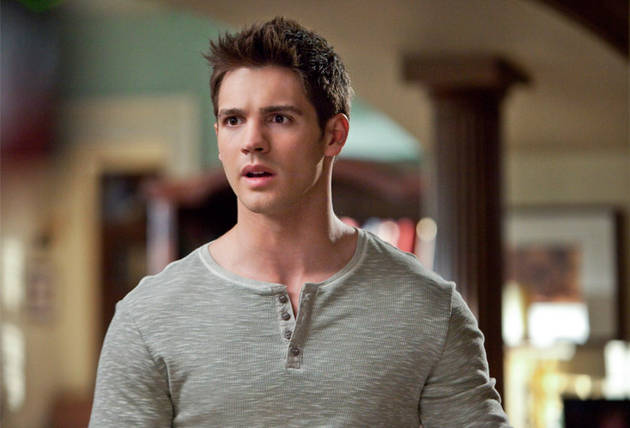 The Vampire Diaries Spoilers: Why Did Jeremy Have to Die?