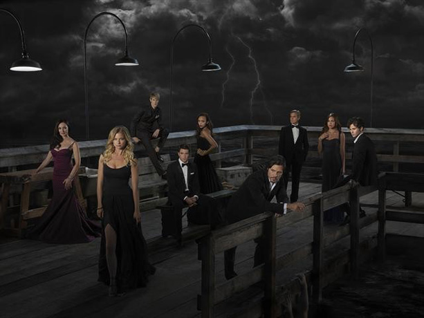 Revenge Season 2: Which Character Rises From the Dead in Episode 16? (PHOTO)