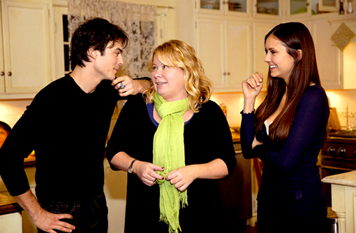 "The Vampire Diaries' Julie Plec Tweets About Tonight's ""Sad"" Episode"