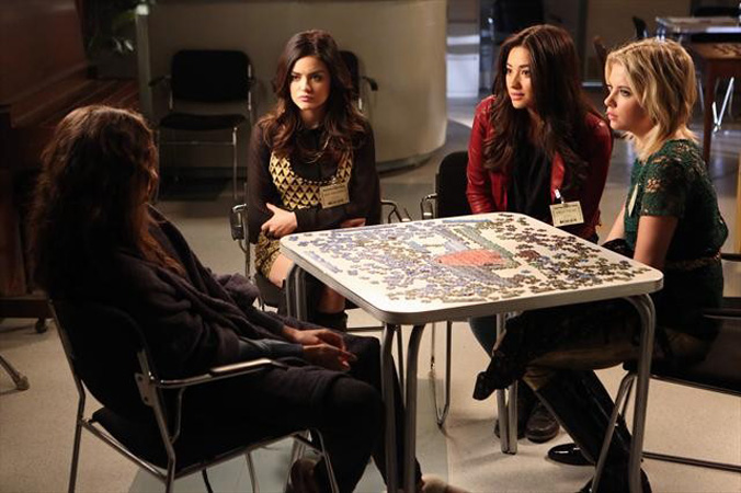 """Pretty Little Liars Recap: Season 3, Episode 23 — Spencer Joined the """"A"""" Team?!"""