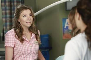Grey's Anatomy Spoilers: Sarah Chalke Talks Emotional Episode, Bonding With Ellen Pompeo — Exclusive