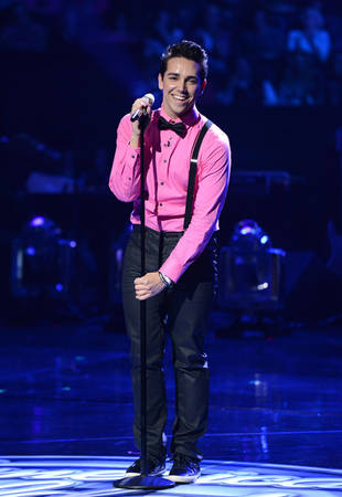 Lazaro Arbos in American Idol 2013 Las Vegas Round 4: Disappointing Song?