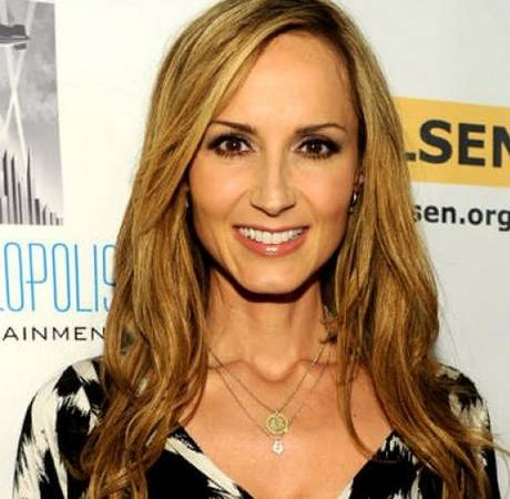 Pregnant Country Singer Chely Wright and Her Wife Expecting Twin Boys!
