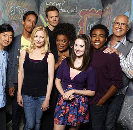 Community Spoilers: Jim Rash and Yvette Nicole Brown Dish on Season 4!