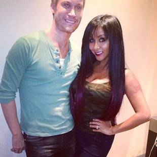 Snooki Dyes Her Hair Black and Gets Bangs! (PHOTOS)