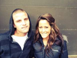 Jenelle Evans Defends Husband Courtland Rogers on Twitter!