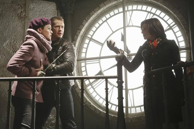 """Once Upon a Time Recap: Season 2, Episode 15: """"The Queen Is Dead"""""""
