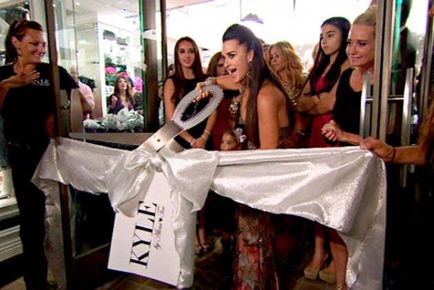 Real Housewives of Beverly Hills Recap for Season 3, Episode 17