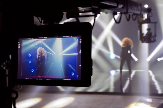 Christina Aguilera Posts Sexy Teaser Image From Pitbull Music Video (PHOTO)