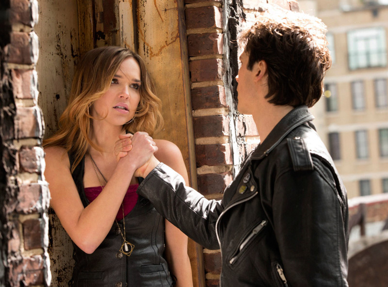 The Vampire Diaries Spoilers: What Was Damon's Relationship With Lexi?