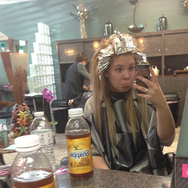 Kailyn Lowry Gets Spring Highlights (PHOTO)