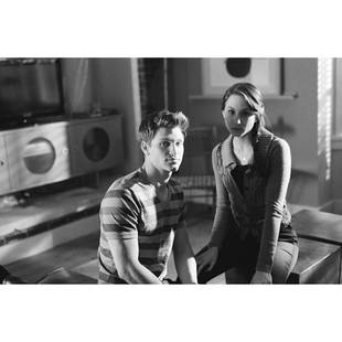Pretty Little Liars Season 4: Troian Bellisario and Keegan Allen on Set (PHOTO)