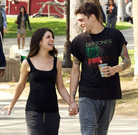 Shenae Grimes Is Getting Married Early May in London: Report