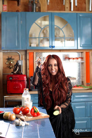 """Snooki Fires Back Against """"Extreme Diet"""" Rumors in a Funny, Surprising Way! (VIDEO)"""