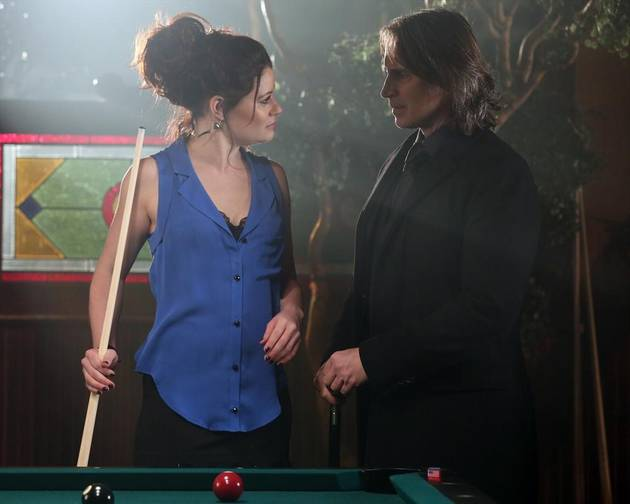 "Once Upon a Time Season 2 Spoilers: A ""New Chapter"" For Rumbelle"