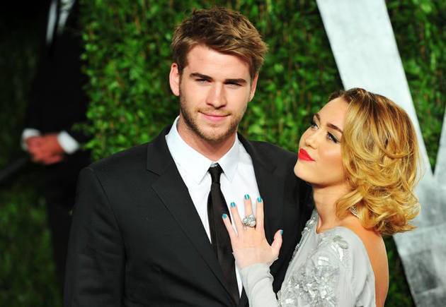 """Liam Hemsworth """"Isn't Ready to Settle Down Yet"""" With Miley Cyrus: Report"""